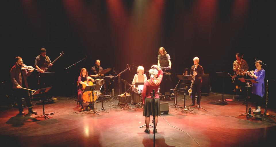 Photography of the stage during the video recording in the Amphithéâtre — Le Gesù [Photograph: Céline Côté, Montréal (Québec), November 26, 2020]
