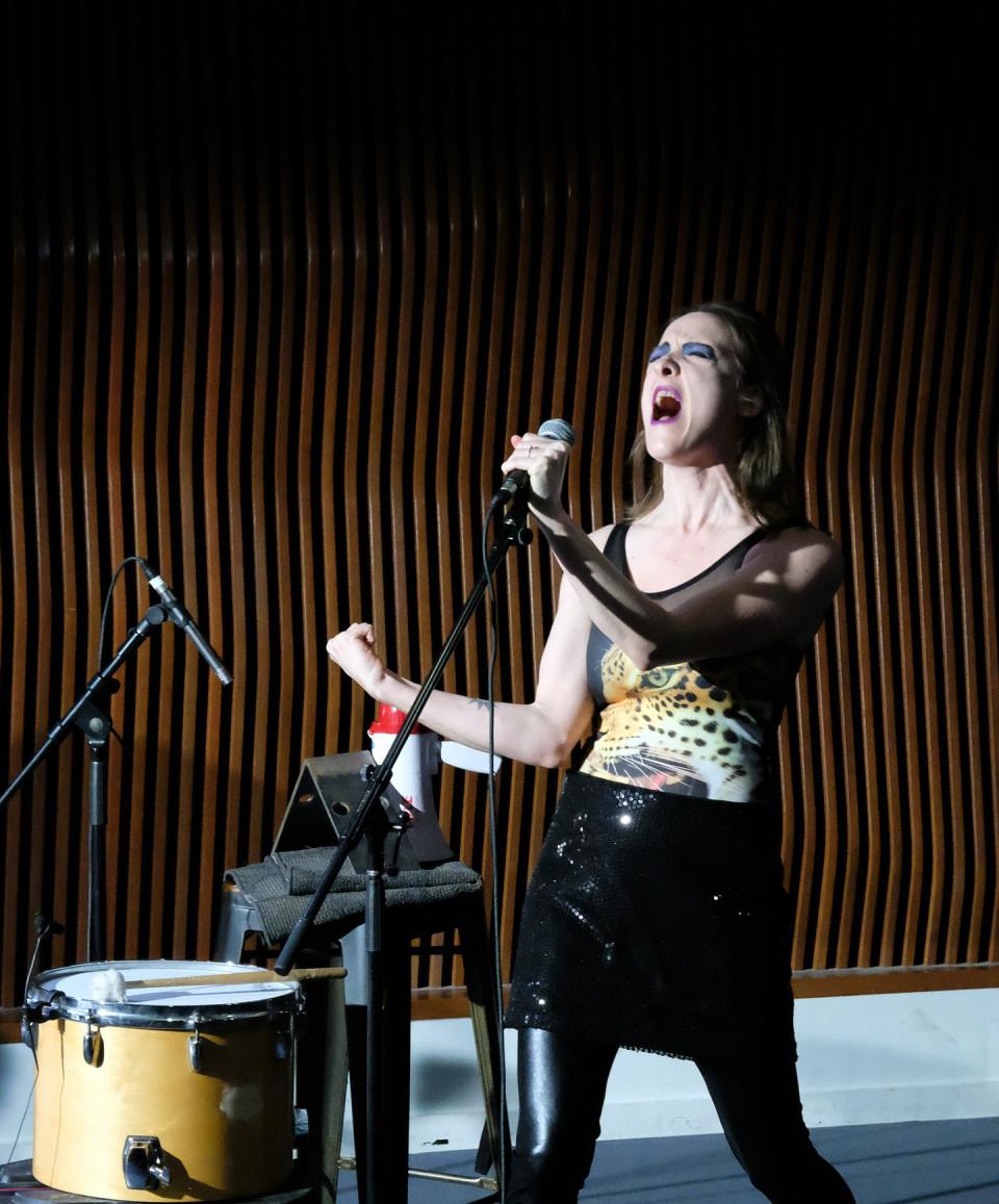 Elizabeth Lima [Photograph: Céline Côté, Montréal (Québec), December 7, 2020]