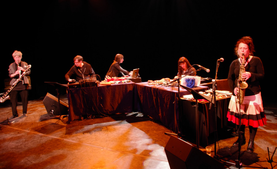 Les filles à l'envers in concert on March 8, 2012. Left to right: Lori Freedman; Alexander MacSween; Myléna Bergeron; Magali Babin; Joane Hétu [Photograph: Élisabeth Alice Coutu, Montréal (Québec), March 8, 2012]