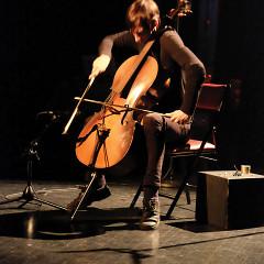 Rémy Bélanger de Beauport en concert à l'événement DAME: Archive / mémoire [Photo: Céline Côté, Montréal (Québec), 16 février 2017]