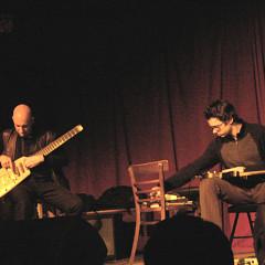 Antoine Berthiaume, Elliott Sharp in concert at La Sala Rossa during the Ça frappe event, by Productions SuperMusique [Photo: Céline Côté, Montréal (Québec), March 25, 2009]