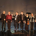 Salutation at the end of the concert [Photograph: Céline Côté, Montréal (Québec), October 5, 2018]