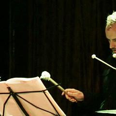 Isaiah Ceccarelli / Quartetski Does Bartok + Kim Myhr en solo, La Sala Rossa, Montréal (Québec) [Photo: Robin Pineda Gould, Montréal (Québec), 4 novembre 2014]
