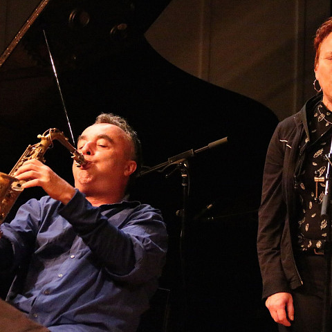 Jim Denley & Joane Hétu meet in concert [Photograph: Laura Krutz Photography, Vancouver (British Columbia, Canada), November 21, 2016]