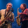 Joane Hétu et Jean Derome en concert avec l'Ensemble SuperMusique (ESM) au Festival de musique actuelle de Victoriaville [Photo: Martin Morissette, Victoriaville (Québec), 19 mai 2012]
