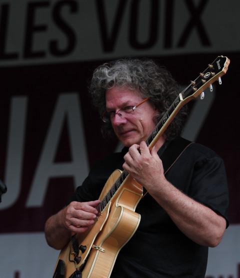 Denis Dion at the Festivoix de Trois-Rivières [Photo: Francesca Sinotte, Trois-Rivières (Québec), 2013]