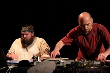 Duo Érick d'Orion et Martin Tétreault en concert [Photo: Céline Côté, Montréal (Québec), 30 mai 2017]