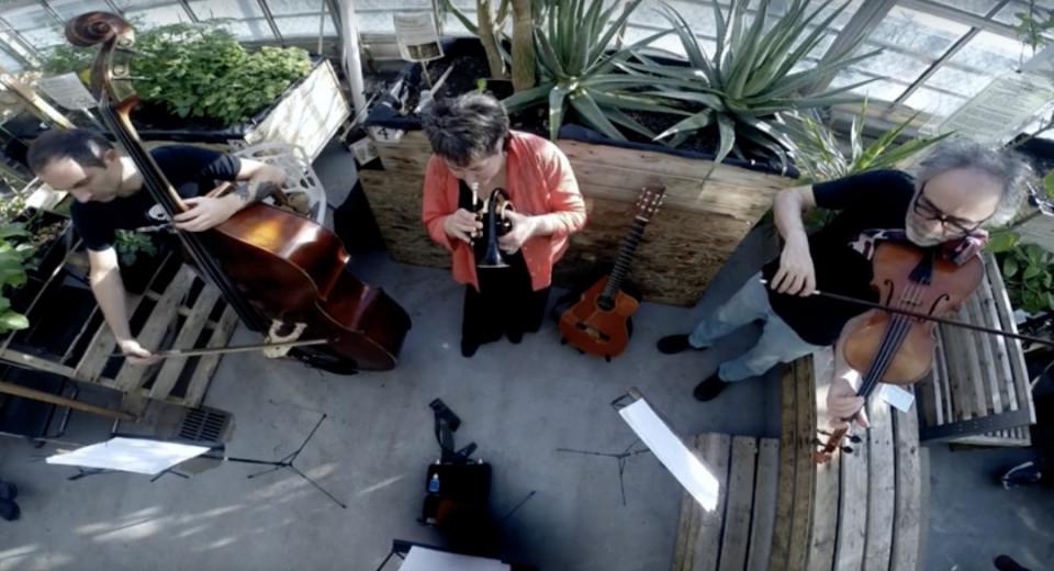 Eguiluz Trio, Stéphane Diamantakiou, Géraldine Eguiluz, Jean René [Photograph: Audréane Beaucage, 2017]