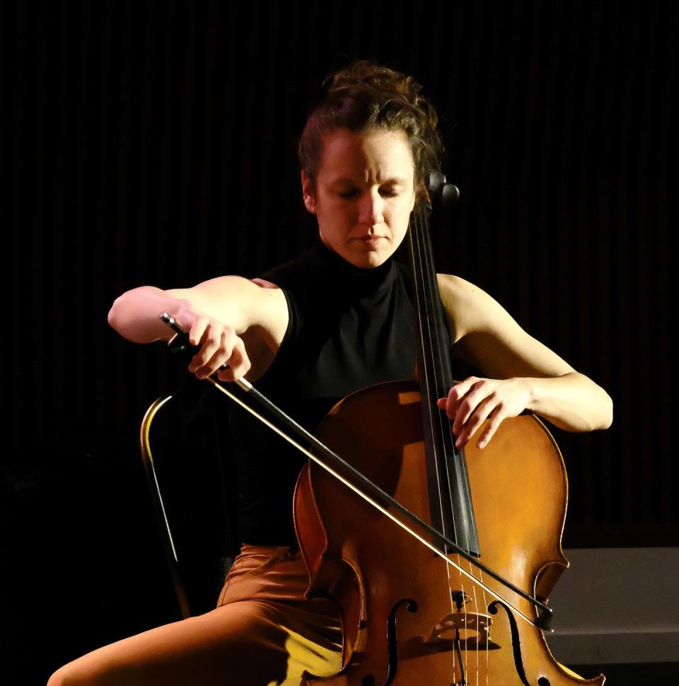 Émilie Girard-Charest [Photograph: Céline Côté, Montréal (Québec), December 7, 2020]
