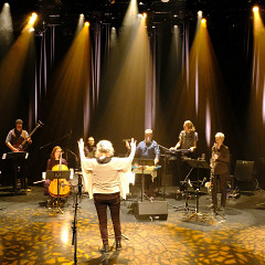 Photography of the stage during the video recording in the Amphithéâtre — Le Gesù [Photograph: Céline Côté, Montréal (Québec), November 26, 2020]