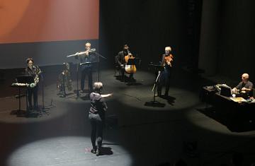Ensemble SuperMusique (ESM) / Aussi sur la photo: Joane Hétu, Jean Derome, Ida Toninato, Jean René, Martin Tétreault [Photo: Céline Côté, Montréal (Québec), 3 octobre 2021]
