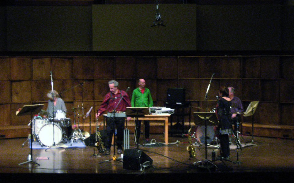The musicians of the Ensemble SuperMusique (ESM) in concert at New-Foundland [St John's (Newfoundland and Labrador, Canada), October 22, 2013]