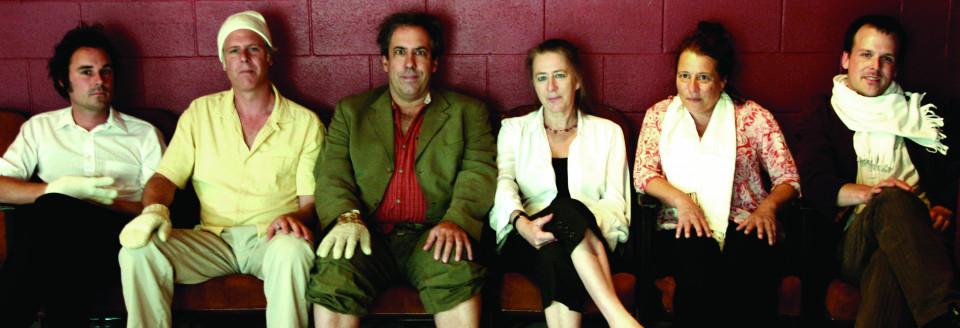 Ensemble SuperMusique (ESM), Alexandre St-Onge, Pierre Tanguay, Jean Derome, Diane Labrosse, Joane Hétu, Scott Thomson [Photo: Mélanie Ladouceur, Montréal (Québec), septembre 2007]
