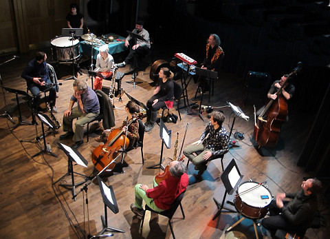 Ensemble SuperMusique (ESM) (; Jean Derome; Émilie Girard-Charest; Jean René; ; Lori Freedman; Ida Toninato; Philippe Lauzier; Isaiah Ceccarelli; Nicolas Caloia; ; ) [Photo: Céline Côté, Montréal (Québec), 7 décembre 2013]