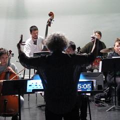 De jeunes musiciens de l'Ensemble SuperMusique (ESM) participent au stage dirigé par Danielle Palardy Roger [Photo: Céline Côté, Montréal (Québec), 6 mai 2017]