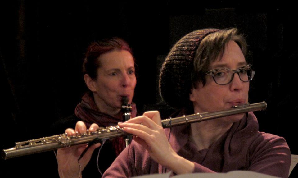 Ensemble SuperMusique (ESM), Cléo Palacio-Quintin, Isabelle Duthoit [Photograph: Céline Côté, Montréal (Québec), April 29, 2018]