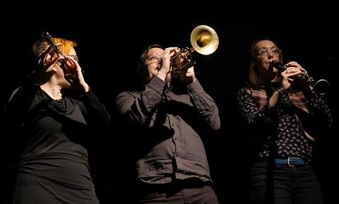 Cléo Palacio-Quintin, Craig Pedersen, Elizabeth Millar [Photo: Céline Côté, Montréal (Québec), November 22, 2018]