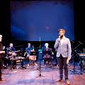 Présentation de la pièce par le compositeur Symon Henry [Photo: Céline Côté, Montréal (Québec), 9 novembre 2018]