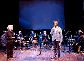 Presentation of the piece by the composer Symon Henry [Photo: Céline Côté, Montréal (Québec), November 9, 2018]