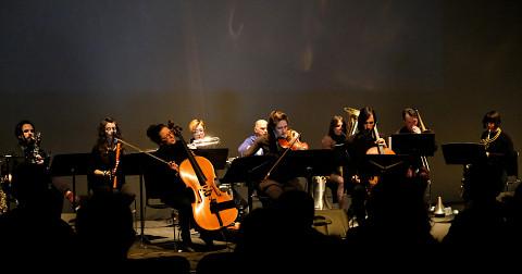 Ensemble SuperMusique (ESM) performs Sandeep Bhagwati's Sutra piece during the Spationautes concert [Photograph: Céline Côté, Montréal (Québec), April 10, 2019]