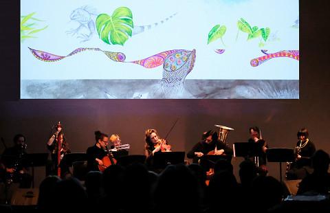 Ensemble SuperMusique (ESM) performs at Spationautes concert the Cléo Palacio-Quintin's Spationautes piece [Photograph: Céline Côté, Montréal (Québec), April 10, 2019]