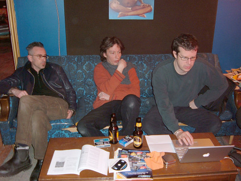 Foodsoon: Fabrizio Gilardino, Bernard Falaise, Alexander MacSween au studio hotel2tango lors de l'enregistrement de Some Love en mars 2005 [Photo: Howard Bilerman, mars 2005]