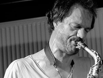 Jean-Luc Guionnet au Aarhus Festival, Danemark [Photo: Hreinn Gudlaugsson, 2015]