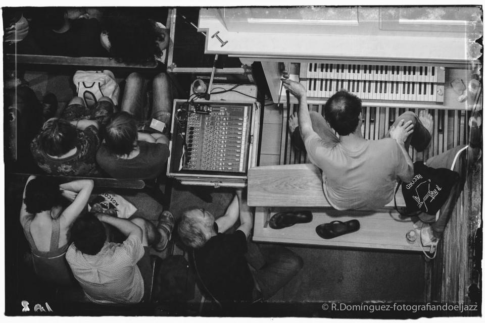 Jean-Luc Guionnet [Photo: R Dominguez — fotografiandoeljazz]