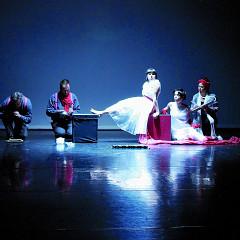 Jean Derome, Isaiah Ceccarelli, Alice Tougas St-Jak, Joane Hétu, Susanna Hood, in the piece La visite médicale [Photograph: Jean-Claude Désinor, Montréal (Québec), October 27, 2010]