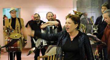 Joane Hétu, Fanfare Pourpour during the DAME: Archive / mémoire [Photo: Céline Côté, Montréal (Québec), February 16, 2017]