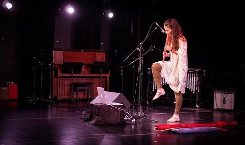 Terri Hron [Photo: Greg Locke (Sound Symposium), St John's (Terre-Neuve-et-Labrador, Canada), 5 juillet 2018]
