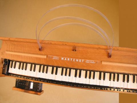 Ondes Martenot, 1976 (7th generation since 1928; 1st generation with transistors); Suzanne Binet-Audet's instrument. 4/38 [Photo: Luc Beauchemin, Boucherville (Québec), April 2005]