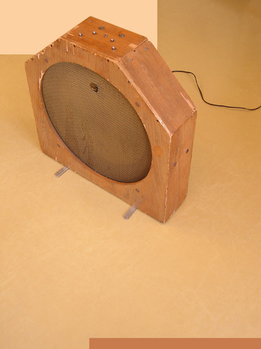 Ondes Martenot, 1976 (7th generation since 1928; 1st generation with transistors); Suzanne Binet-Audet's instrument. 27/38 [Photo: Luc Beauchemin, Boucherville (Québec), April 2005]