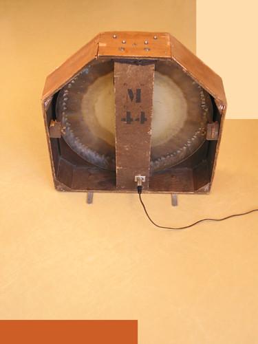 Ondes Martenot, 1976 (7th generation since 1928; 1st generation with transistors); Suzanne Binet-Audet's instrument. 30/38 [Photo: Luc Beauchemin, Boucherville (Québec), April 2005]