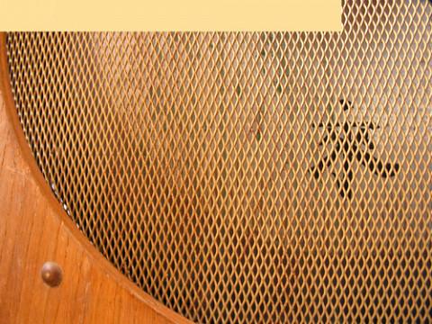 Ondes Martenot, 1976 (7th generation since 1928; 1st generation with transistors); Suzanne Binet-Audet's instrument. 36/38 [Photo: Luc Beauchemin, Boucherville (Québec), April 2005]