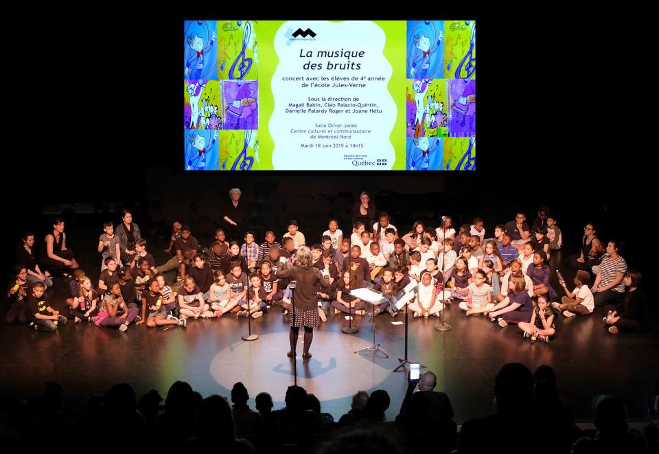 Groups 221, 222, 223, 224 directed by Joane Hétu [Photograph: Céline Côté, Montréal (Québec), June 18, 2019]