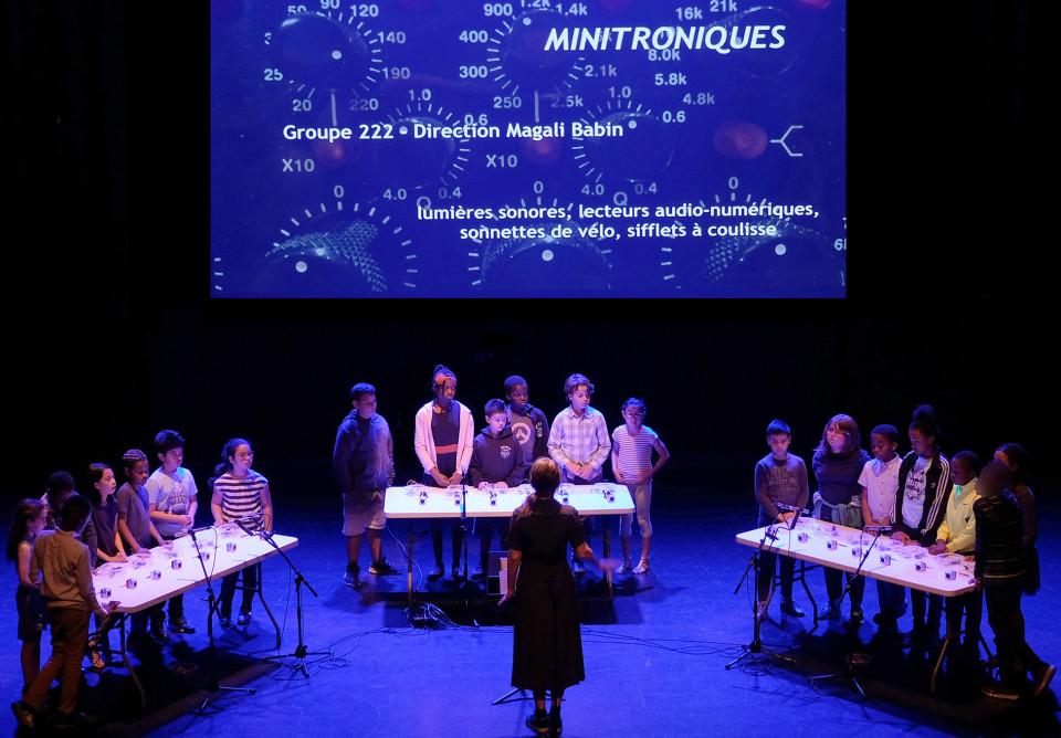 Group 222 directed by Magali Babin [Photograph: Céline Côté, Montréal (Québec), June 18, 2019]
