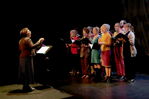 The choir Chorale Joker conducted by Joane Hétu in concert at the Phenomena Festival [Photo: Robin Pineda Gould, Montréal (Québec), October 22, 2014]