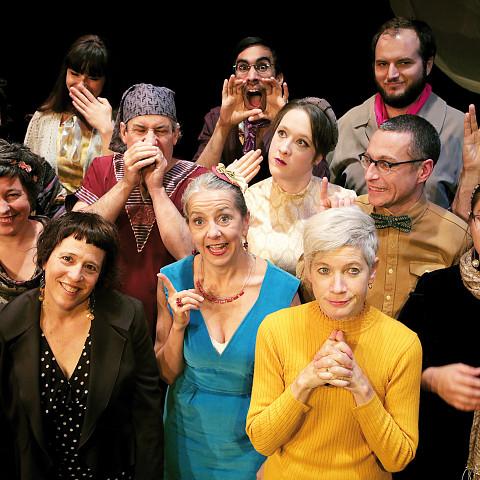 La chorale Chorale Joker dirigée par Joane Hétu en concert au festival Phéonmena [Photo: Robin Pineda Gould, Montréal (Québec), 22 octobre 2014]