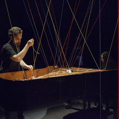 During the performance of Pianotissage [Photo: Marion Gotti, Quebec City (Québec), February 16, 2019]