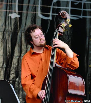 Jean Félix Mailloux live in concert [Photo: Jean-Claude Désinor, Montréal (Québec), July 2008]