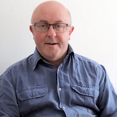 Adrian Moore (autoportrait) [Photo: Adrian Moore, Sheffield (Angleterre, RU), 1 mai 2020]