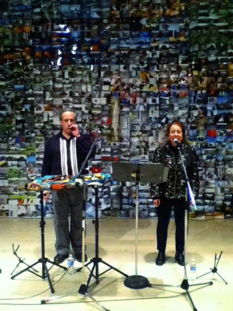 Nous perçons les oreilles (Jean Derome, Joane Hétu) in concert at the Open Space in Victoria [Victoria (British Columbia, Canada), November 18, 2011]