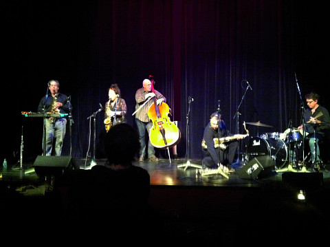 Nous perçons les oreilles (Jean Derome, Joane Hétu), Torsten Müller, John Butcher, Dylan Van der Schyff [Photograph: Laurie Radford, Calgary (Alberta, Canada), November 16, 2011]