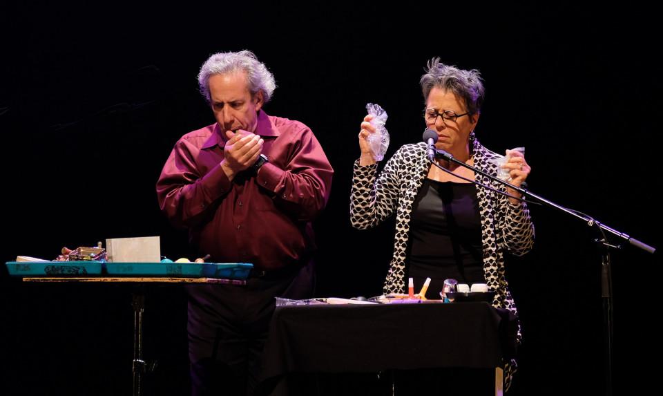 Nous perçons les oreilles qui jouent la pièce Shaman [Photo: Céline Côté, Montréal (Québec), 5 octobre 2018]