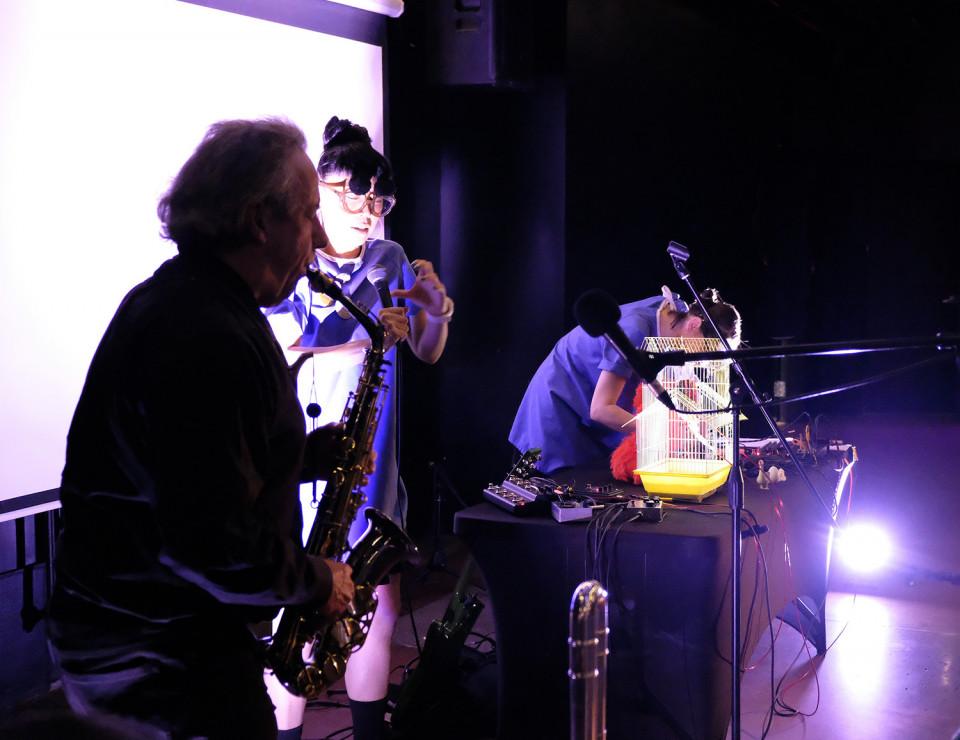 Jean Derome, Tamayugé / Jean Derome + Tamayugé et François Létourneau: Réminiscence — Musique au Livart #003, Le Livart, Montréal (Québec) [Photo: Céline Côté, Montréal (Québec), 17 octobre 2019]