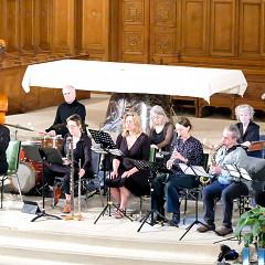 L'Ensemble SuperMusique (ESM) et Orchestre de musique expérimentale du DOC (OMEDOC) interprète la pièce Tags de Joane Hétu [Photo: Céline Côté, Montréal (Québec), 12 juin 2019]
