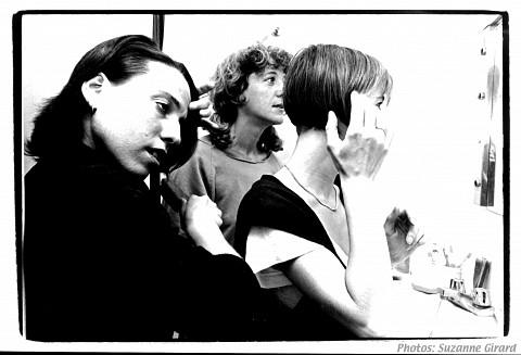 Les Poules (Joane Hétu, Danielle Palardy Roger, Diane Labrosse) [Photograph: Suzanne Girard, 1986]
