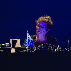 Hélène Prévost in concert in Quebec City [Photo: Idra Labrie, Quebec City (Québec), October 2008]