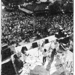 Wondeur Brass sur la scène Emery lors du Festival International de Jazz de Montréal 1985 (reproduction d'une coupure de presse) [Montréal (Québec), 7 juillet 1985]